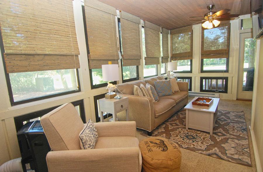 beach house sun room