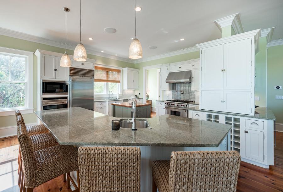 3035 Marsh Haven_blog_kitchen 1