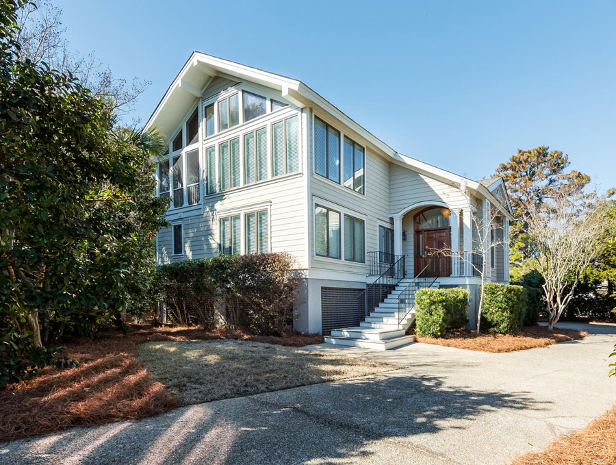 Catesbys-seabrook-island-front-exterior