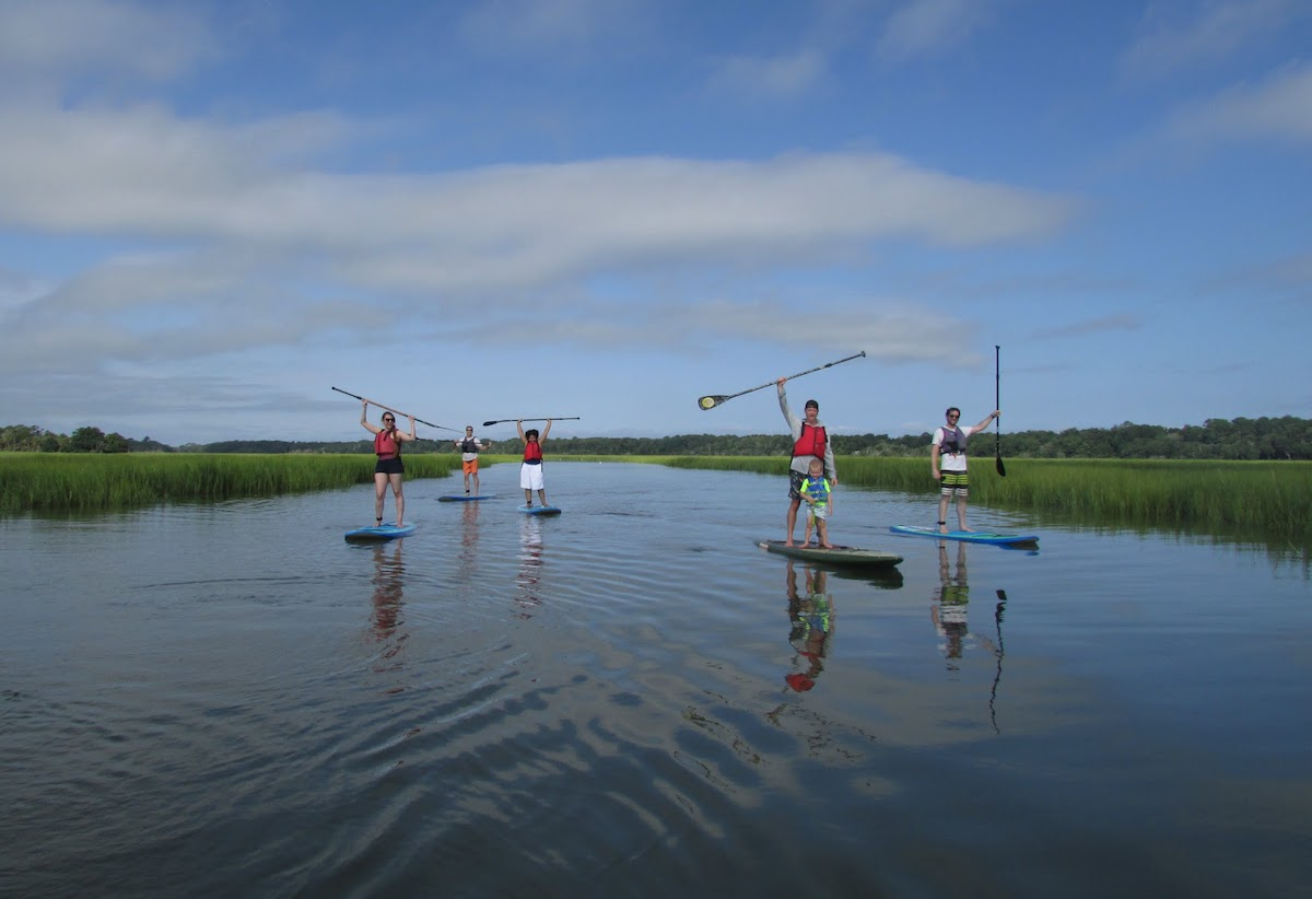 family-paddleboarding-seabrook-island