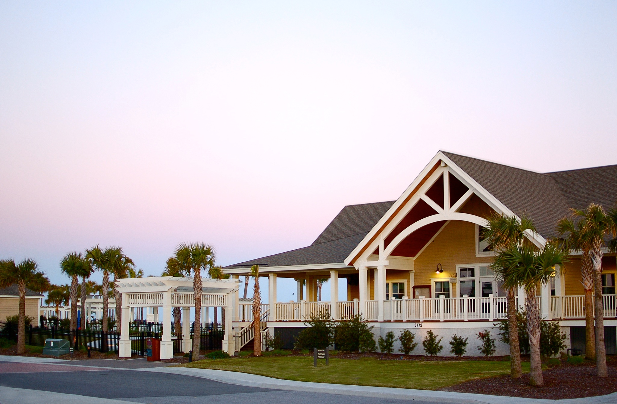 Cotton candy skies provide a gorgeous backdrop for the Seabrook Island Beach Club shoppe.